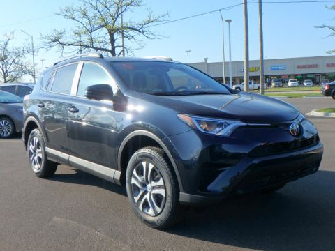 New Toyota RAV4 LE 4DR FWD SUV