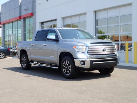 New Toyota Tundra C MAX LTD V8 6SP FFV