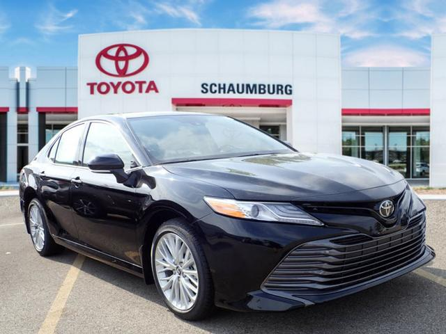 New 2019 Toyota Camry Xle Xle 4dr Sedan In Schaumburg