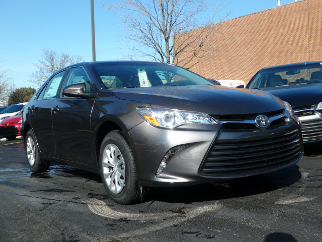 New 2017 Toyota Camry LE 4DR (A)