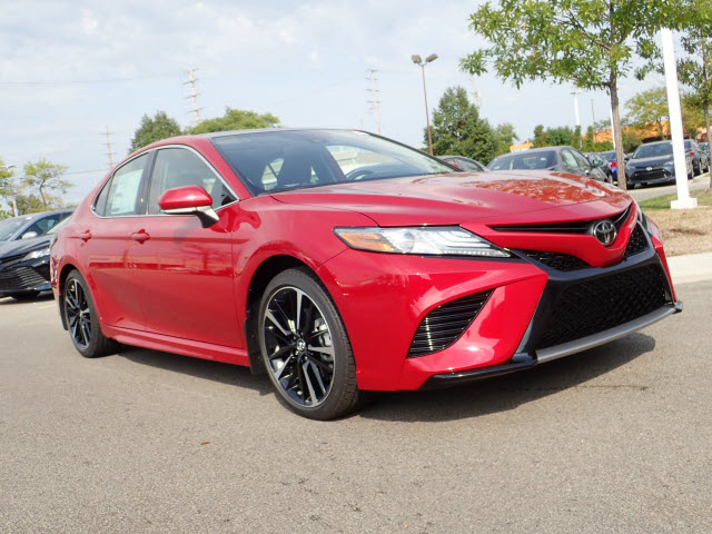 New 2019 Toyota Camry Xse V6 Xse V6 4dr Sedan In Schaumburg 190178
