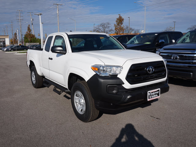 new 2017 toyota tacoma sr 4x4 sr 4dr access cab 6 1 ft sb 6a in schaumburg 173756 schaumburg. Black Bedroom Furniture Sets. Home Design Ideas