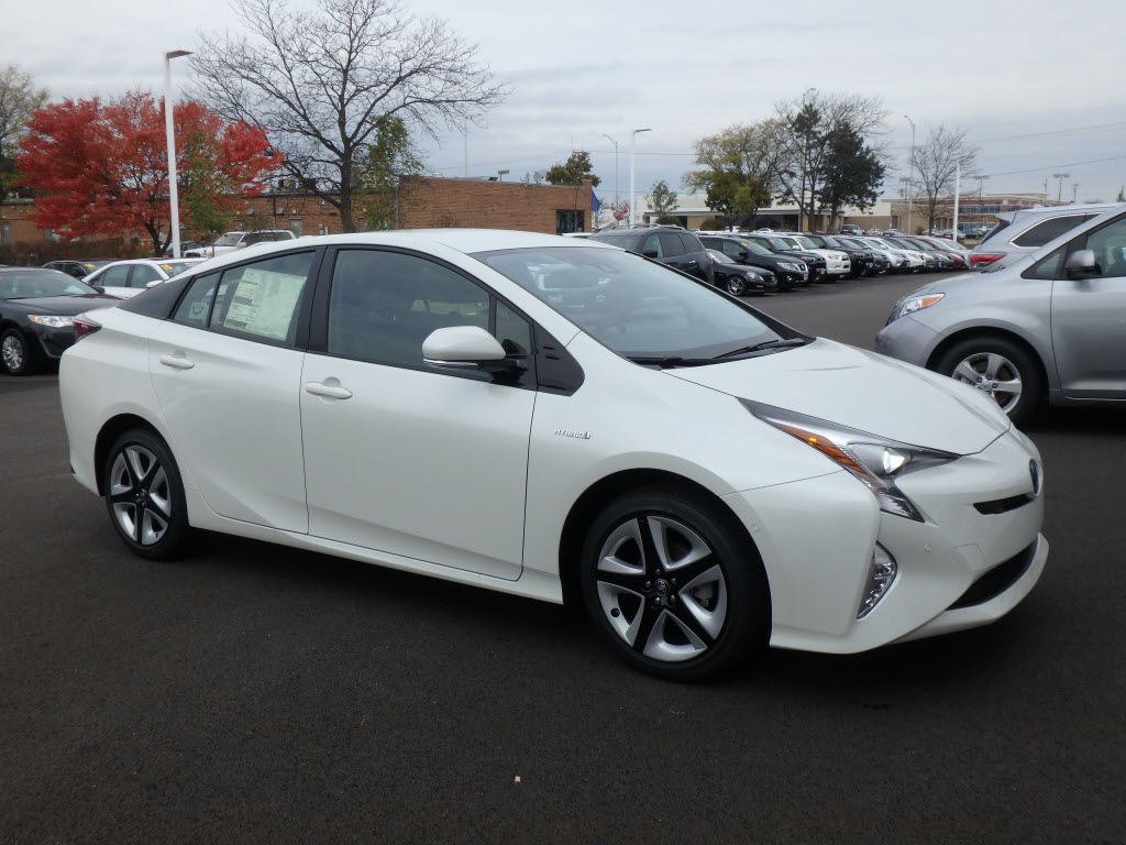 new 2017 toyota prius prius four touring four touring 4dr hatchback in schaumburg 170417. Black Bedroom Furniture Sets. Home Design Ideas
